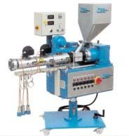Single screw co-extruder with flat gear